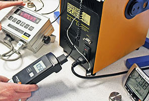 Elastocon calibration of temperatur meters